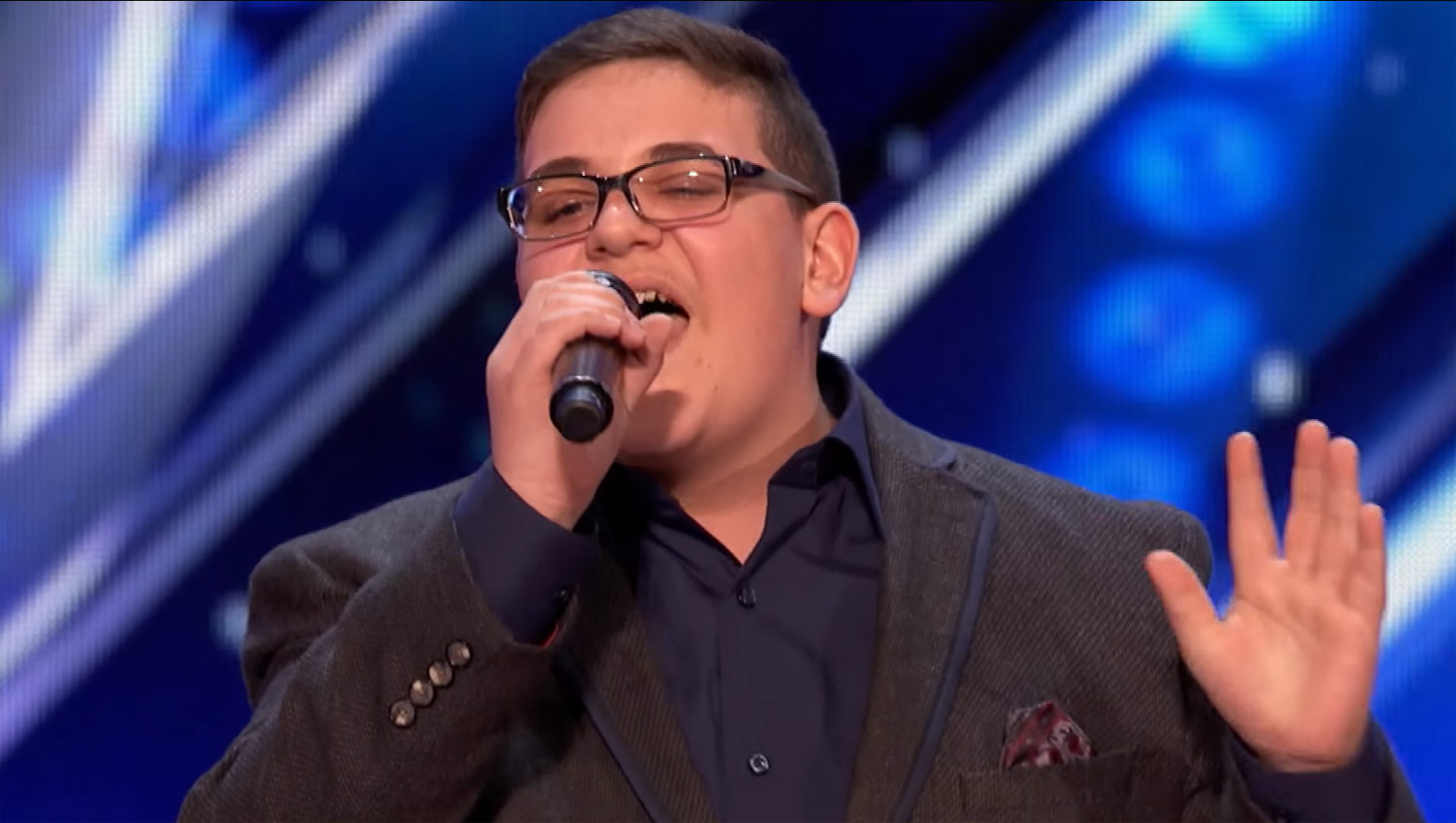 Americas got talent 2017 impersonations - 16 Year Old Christian Guardino S Amazing Voice Earns America S Got Talent