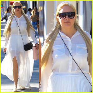 Amanda Bynes Gets Fashionable For a Shopping Trip