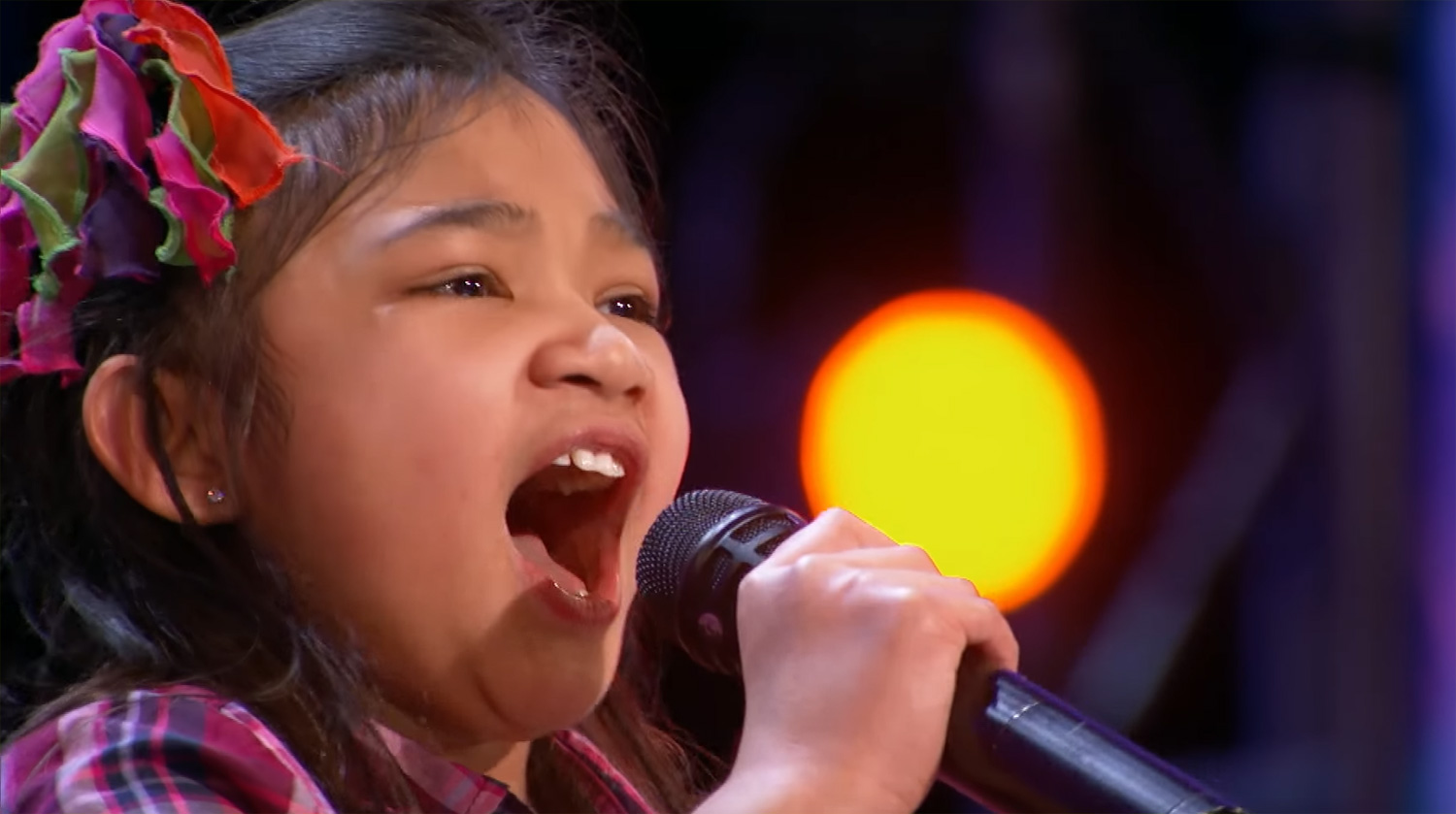 Americas got talent 2017 9 year old opera singer - Nine Year Old Angelica Hale S Voice On America S Got Talent Will Amaze You Video America S Got Talent Angelica Hale Just Jared