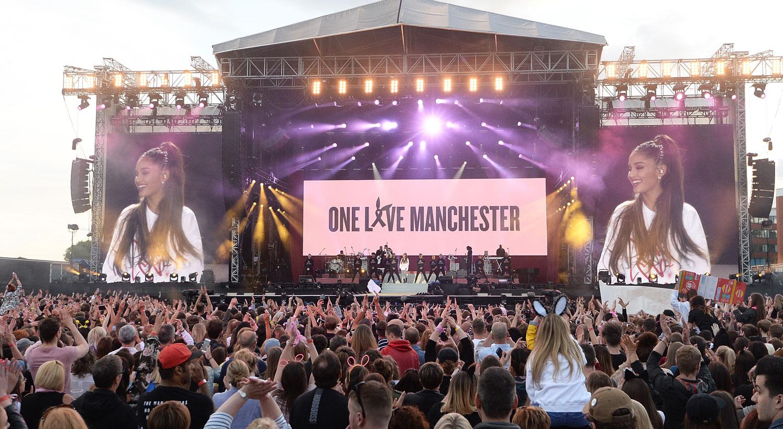 Resultado de imagen de ariana grande one love concert