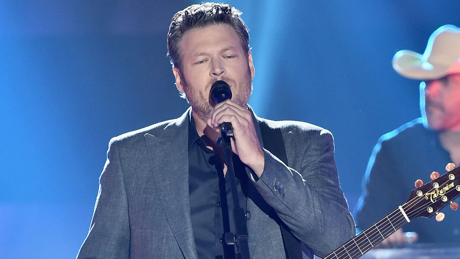 Blake Shelton Performs 39 Every Time I Hear That Song 39 At