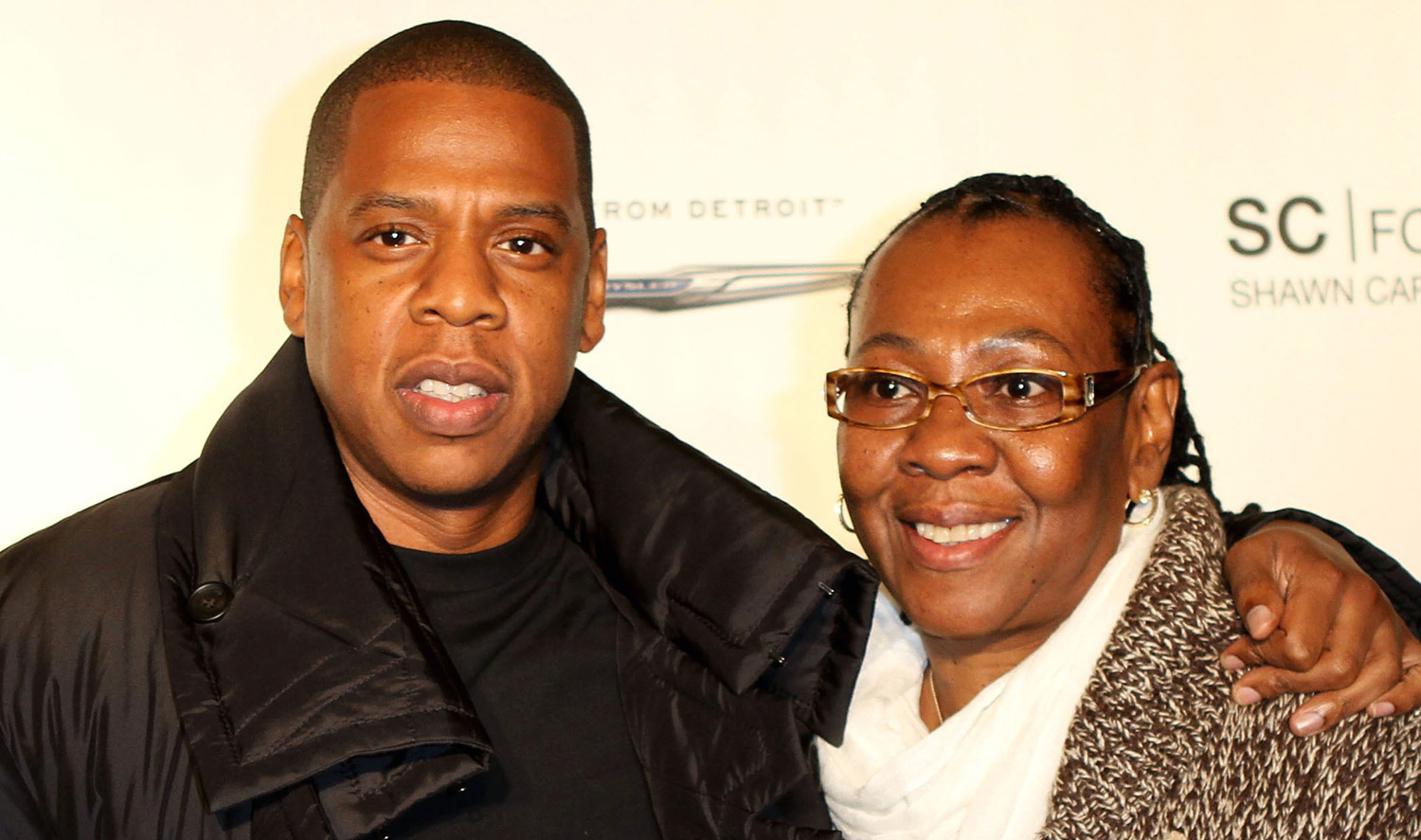 JAY-Z's Mom Gloria Carter Comes Out as a Lesbian in 'Smile ...
