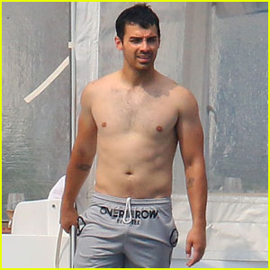 Joe Jonas Rocks a Serious Farmer's Tan on Cannes Yacht