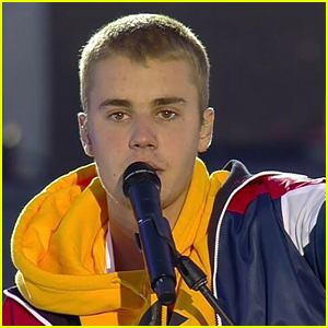 Justin Bieber Performs 'Cold Water' At One Love Manchester Benefit
