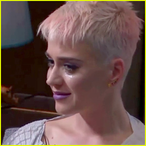 Katy Perry Breaks Down During Therapy Session on Live Stream
