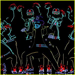 Light Up Dancers on 'America's Got Talent' Get Golden Buzzer!