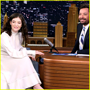 Lorde Sings 'Perfect Places,' Talks About Onion Rings on 'Fallon'