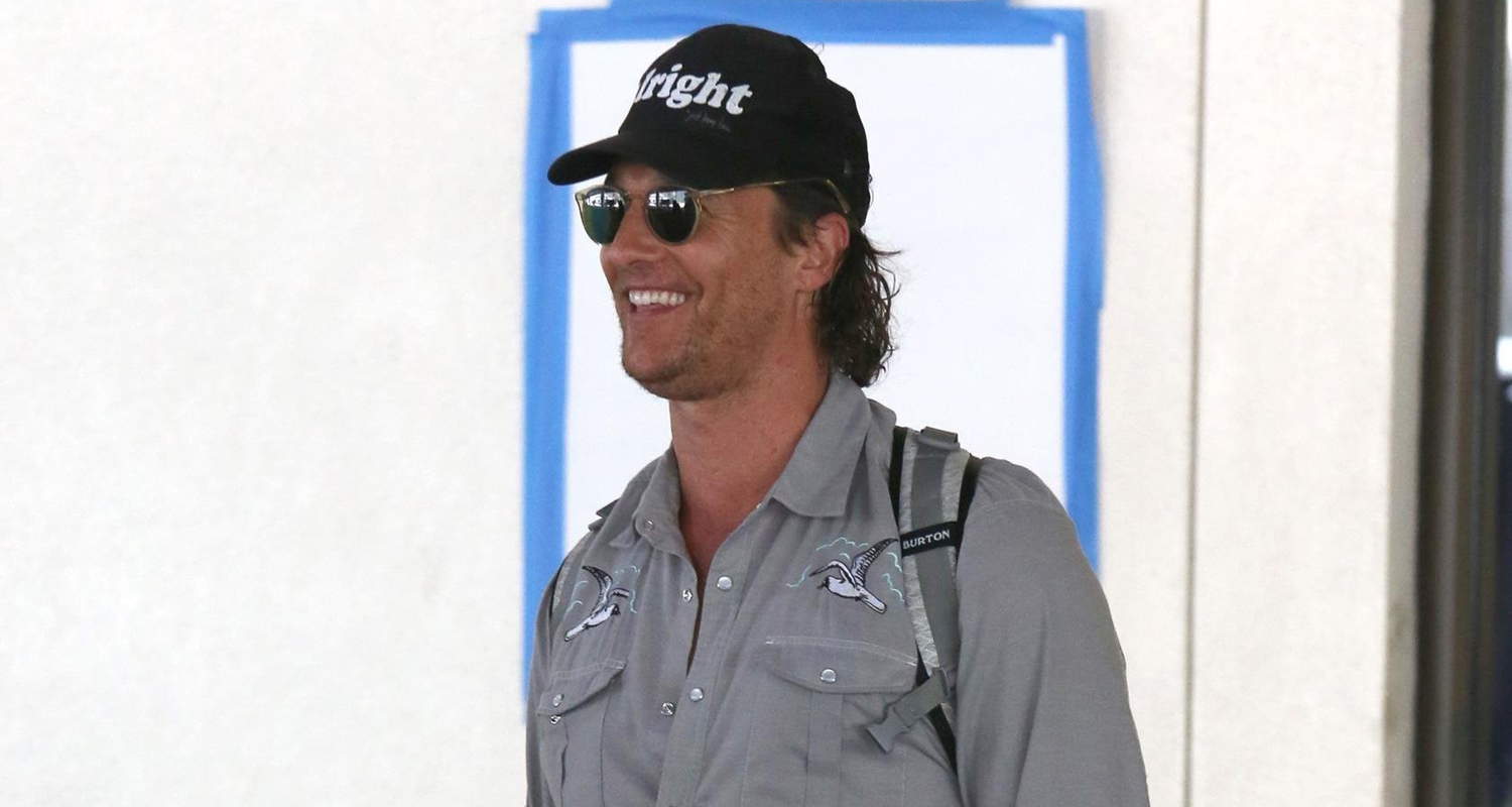 Matthew McConaughey Is 'Alright, Alright' at LAX Airport ...