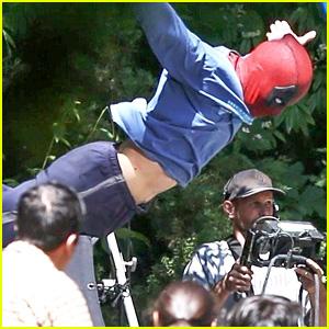 Ryan Reynolds' Deadpool Flies Into a Kid's Birthday Party in New Set Photos