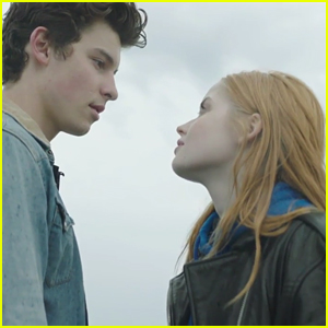 Shawn Mendes & Ellie Bamber Travel Through Paris in 'There's Nothing Holdin' Me Back' Music Video - Watch Now!
