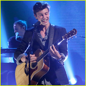 Shawn Mendes Performs 'There's Nothing Holdin' Me Back' on 'The Tonight Show' - Watch Now!