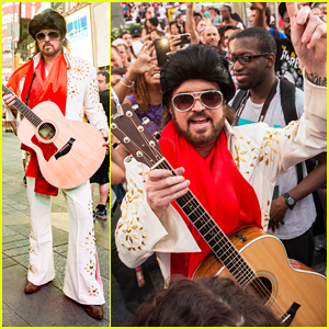 Billy Ray Cyrus Performs as 'Still The King's Burnin Vernon Brown In Times Square!