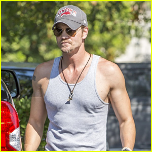 Chad Michael Murray Bares His Muscles in a Tank Top