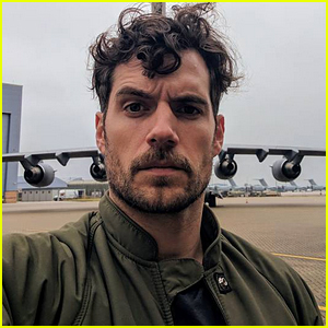Henry Cavill Hilariously Addresses 'Mustache Fiasco' for 'Justice League' Reshoots