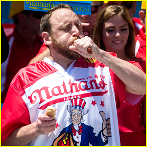 Who Won Nathan's Hot Dog Eating Contest 2017?