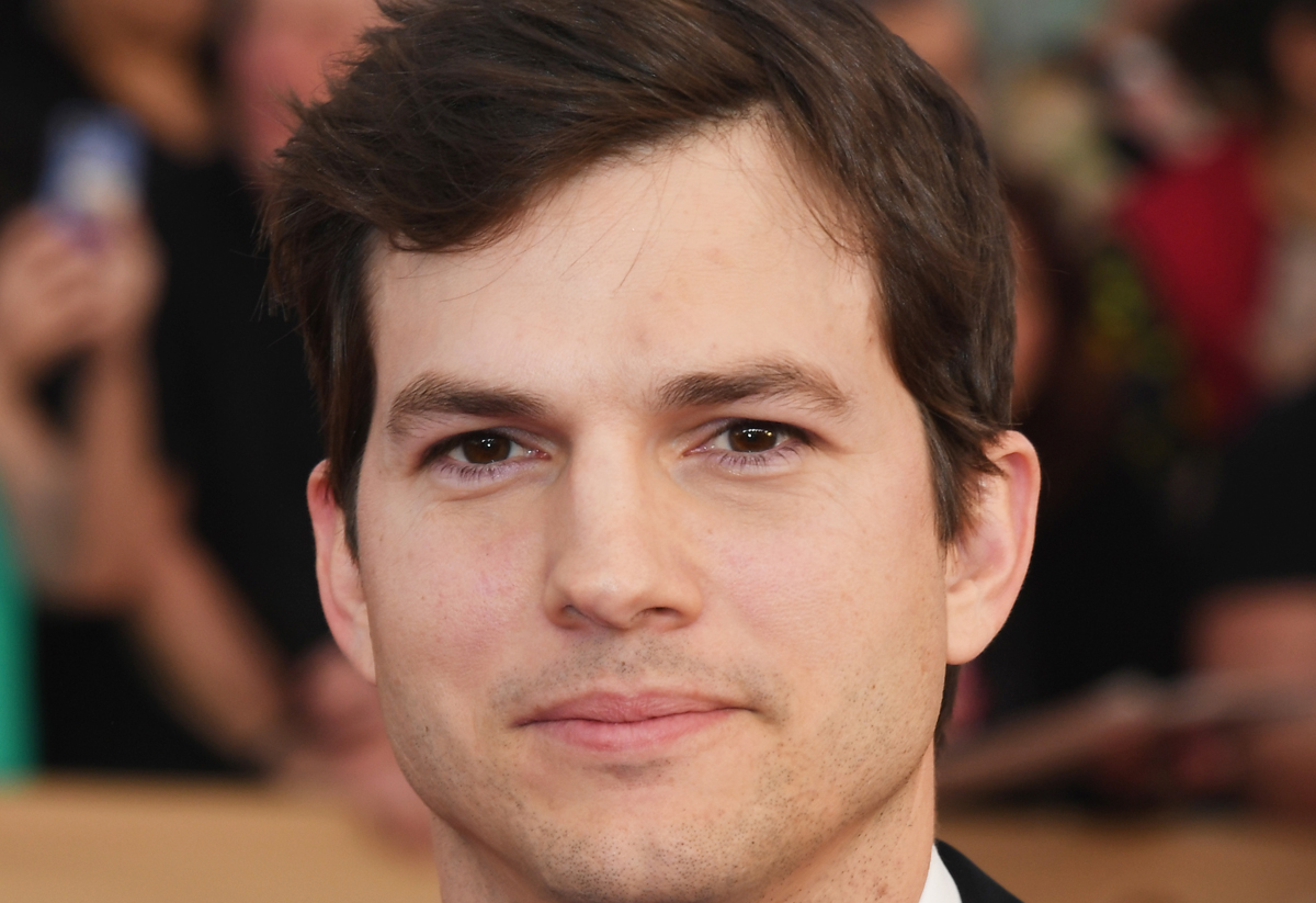 ashton kutcher If i was walking down the street and suddenly got hit by a car driven by ashton kutcher, i would pull out my wallet and ask: 'so how many dollars do.