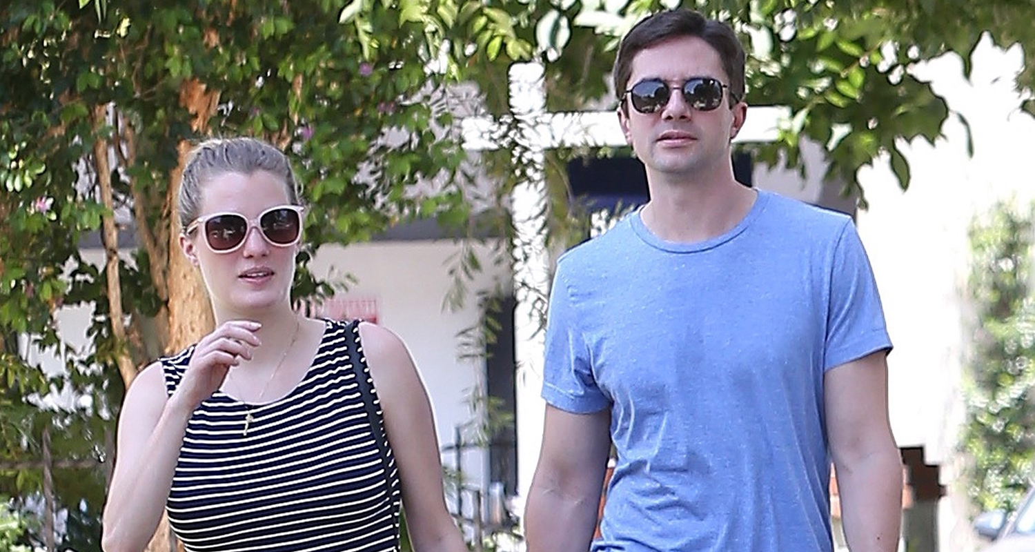 Topher Grace & Wife Ashley Hinshaw Expecting First Baby! | Ashley Hinshaw,  Pregnant Celebrities, Topher Grace : Just Jared