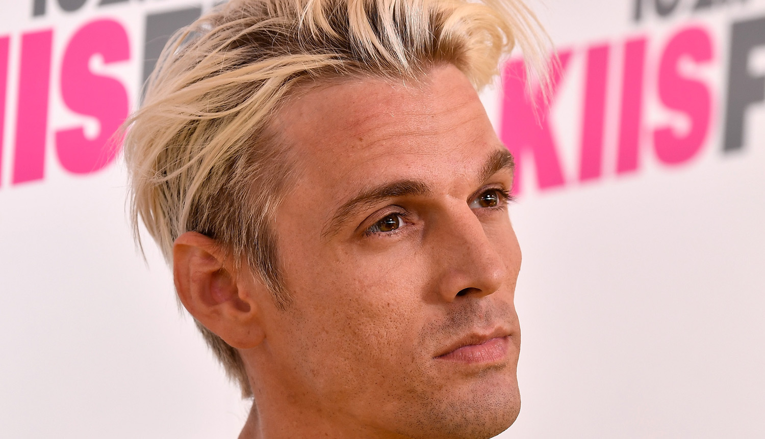 Aaron Carter comes out as bisexual in Twitter post | Daily