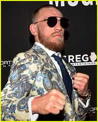 Conor McGregor Has a Message for Floyd Mayweather