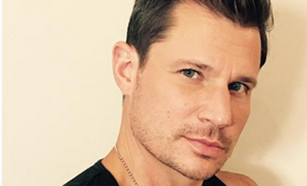 Nick Lachey Jokes About Covered Up 98 Degrees Tattoo | 98 ...