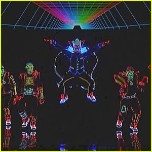 Light Balance Illuminates 'America's Got Talent' Stage with Glowing Dance! (Video)