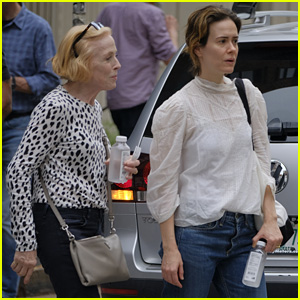 Sarah Paulson's Girlfriend Holland Taylor Says It's Hard to Watch 'American Horror Story'
