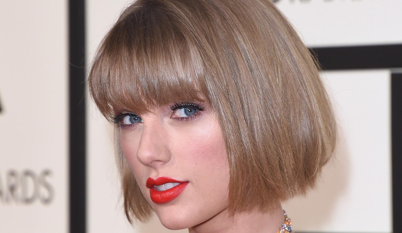 Taylor Swift Donates to Mariska Hargitay's Foundation for Survivors of Sexual Assault