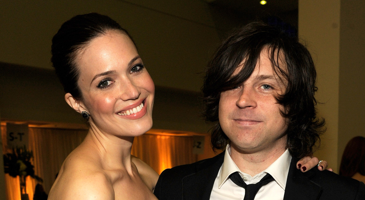 Mandy Moores Ex Husband Ryan Adams Tweeted Her After