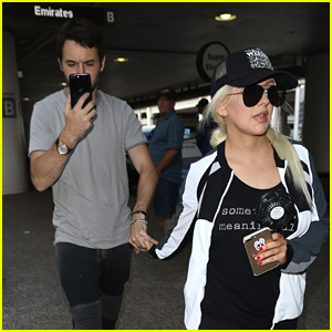 Christina Aguilera Jets Out of Town with Fiance Matthew Rutler
