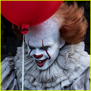 How to Make a Pennywise the 'It' Clown Costume for Halloween ...