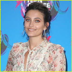 Paris Jackson Goes Topless to Show Off Her New Tattoo - See the Photos!