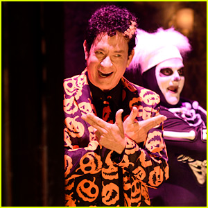 Tom Hanks Will Return as David S. Pumpkins for 'SNL' Halloween Special!