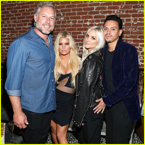Ashlee Simpson Celebrates Birthday with Sister Jessica & Hubby Evan Ross!