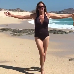 Caitlyn Jenner Flaunts Swimsuit Bod on the Beach: 'Being ...