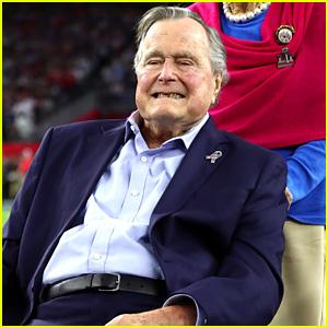 george h w bush apologizes for patting women s rears