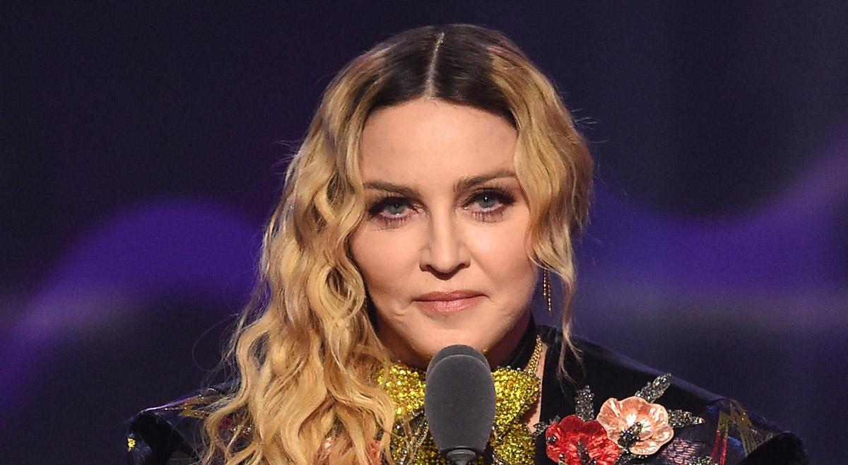 Female Celebrities Who Never Got Married  Greeningz