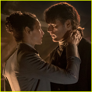 Things Get Steamy for Jamie & Claire in 'Outlander' Reunion Photos!