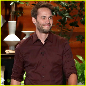 Taylor Kitsch Talks About Losing 30 Pounds for 'Waco' Role