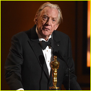 Donald Sutherland Accepts Lifetime Achievement Oscar at Governors Awards 2017