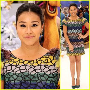 Gina Rodriguez Is Cute & Colorful at the Premiere of 'The Star'!