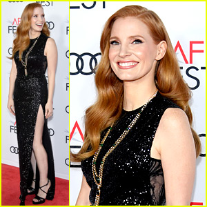 Jessica Chastain Bares Some Leg at 'Molly's Game' Screening