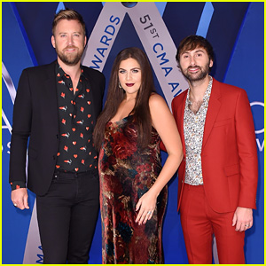 Lady Antebellum's Hillary Scott Shows Off Her Baby Bump on the Red Carpet at CMA Awards 2017!
