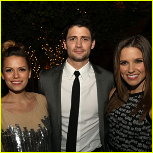 78bff9b086cd7  One Tree Hill  Men Support Show s Women After Sexual Harassment Claims  Against Showrunner