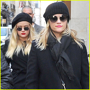 Reese Witherspoon & Ava Phillippe Are Twinning During Paris Shopping Trip!
