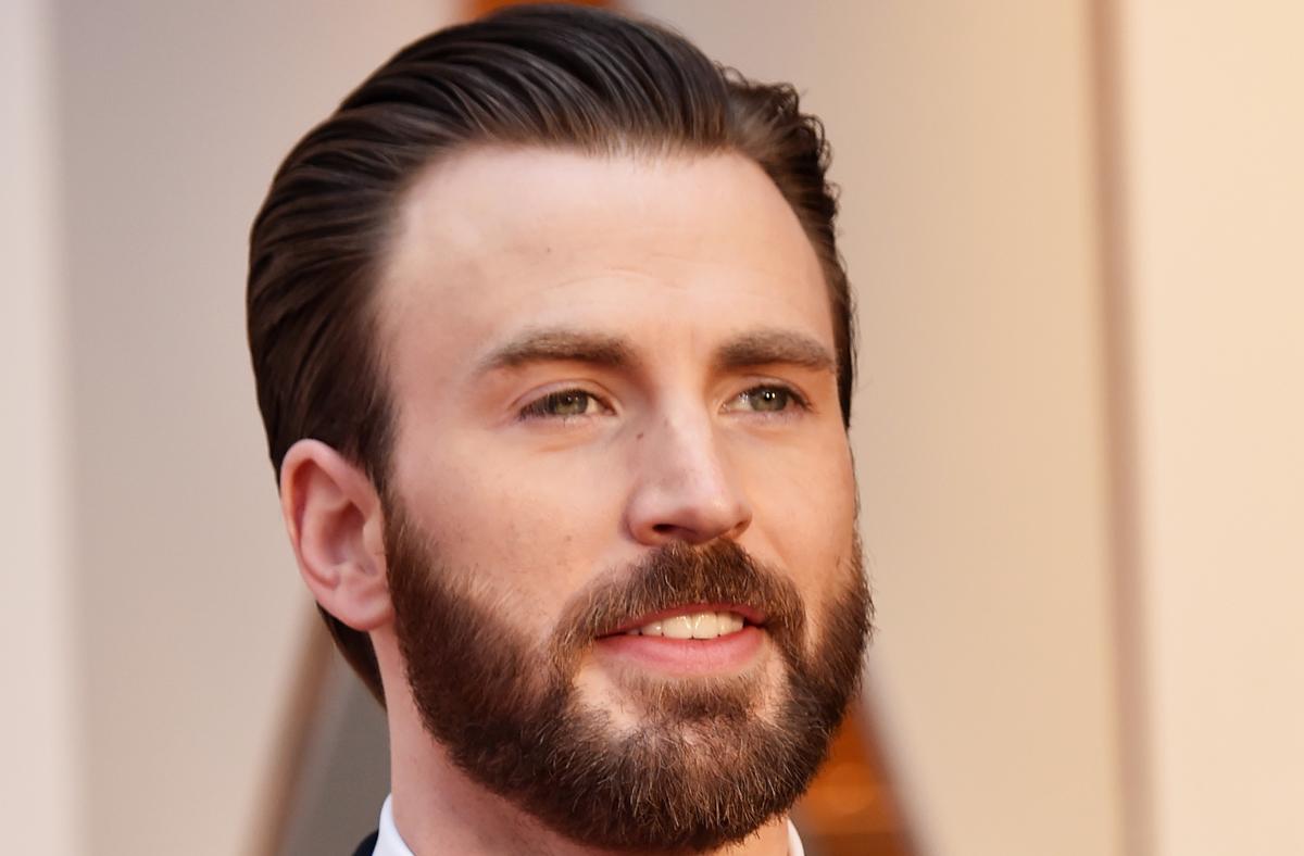 Chris Evans Offers Keaton Jones Tickets To Avengers Infinity War