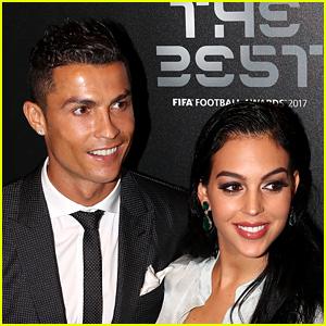 Cristiano Ronaldo & Georgina Rodriguez Share Adorable Family Photo!