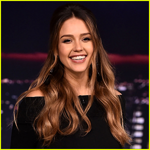 See Jessica Alba's Last Christmas Card as a Family of Four!