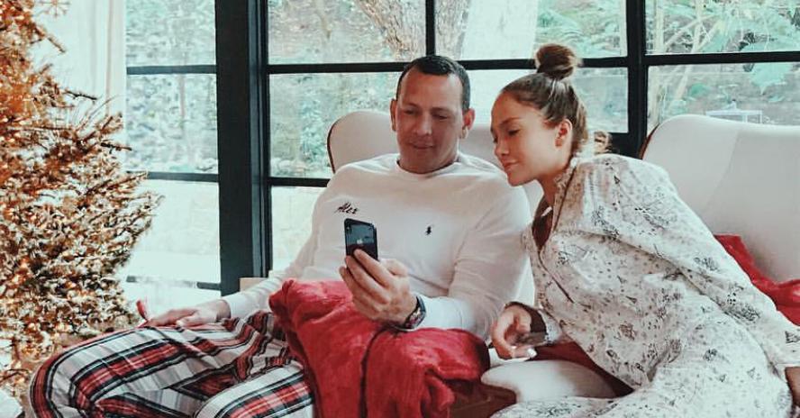Jennifer Lopez Amp Alex Rodriguez Share Photos From Their