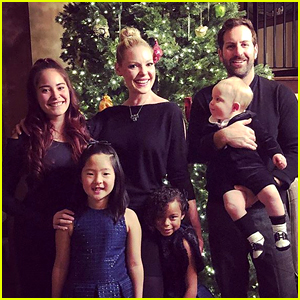 Katherine Heigl Shares Family Christmas Photo with All 3 ...