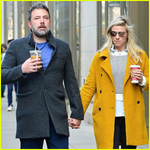 Ben Affleck & Lindsay Shookus Hold Hands During NYC Lunch Date